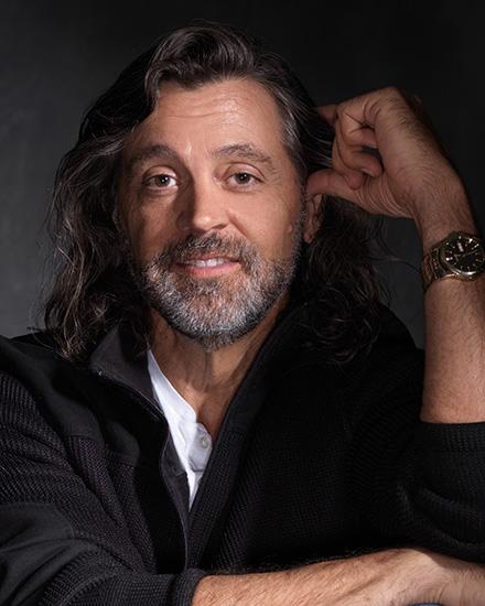 Author Allen Eskens